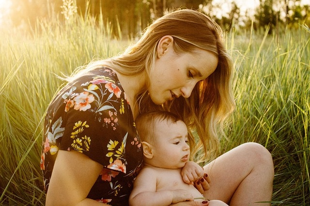 5 reasons to treat postpartum depression naturally with homeopathy